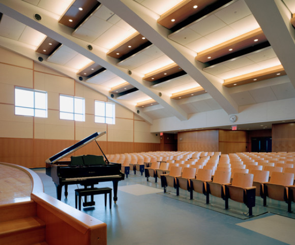 school design by gran kriegel architects in nyc ps 109 auditorium
