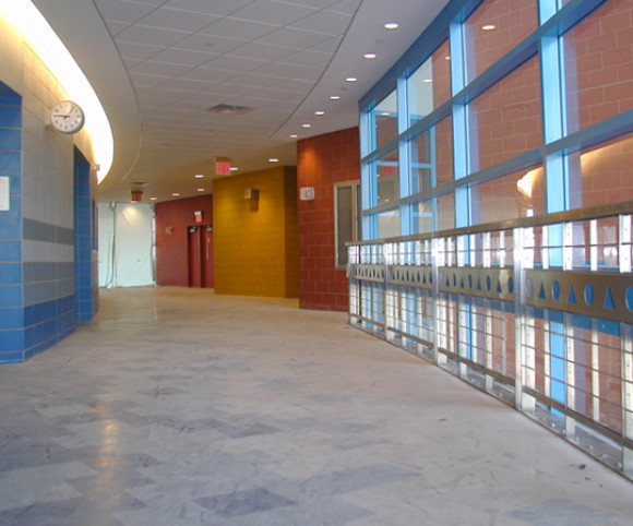 school design by gran kriegel architects in nyc ps 109 corridor