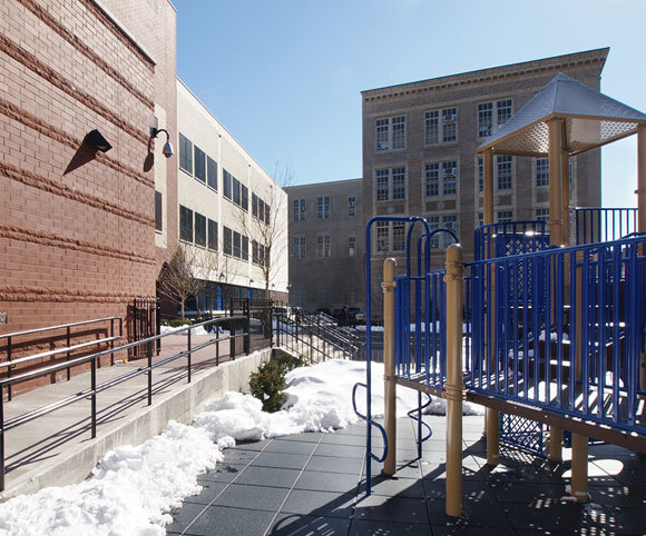 playground design for early education by school architecture firm in NYC Gran Kriegel Architects