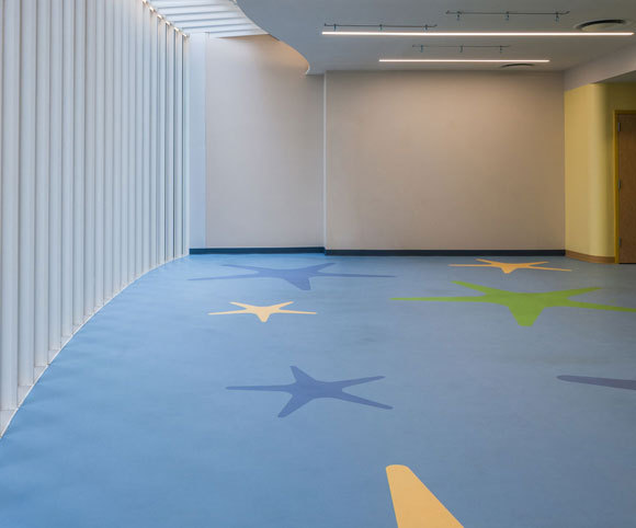 multipurpose room at manhattan star academy interior retrofit special needs school design by Gran Kriegel Architects in nyc