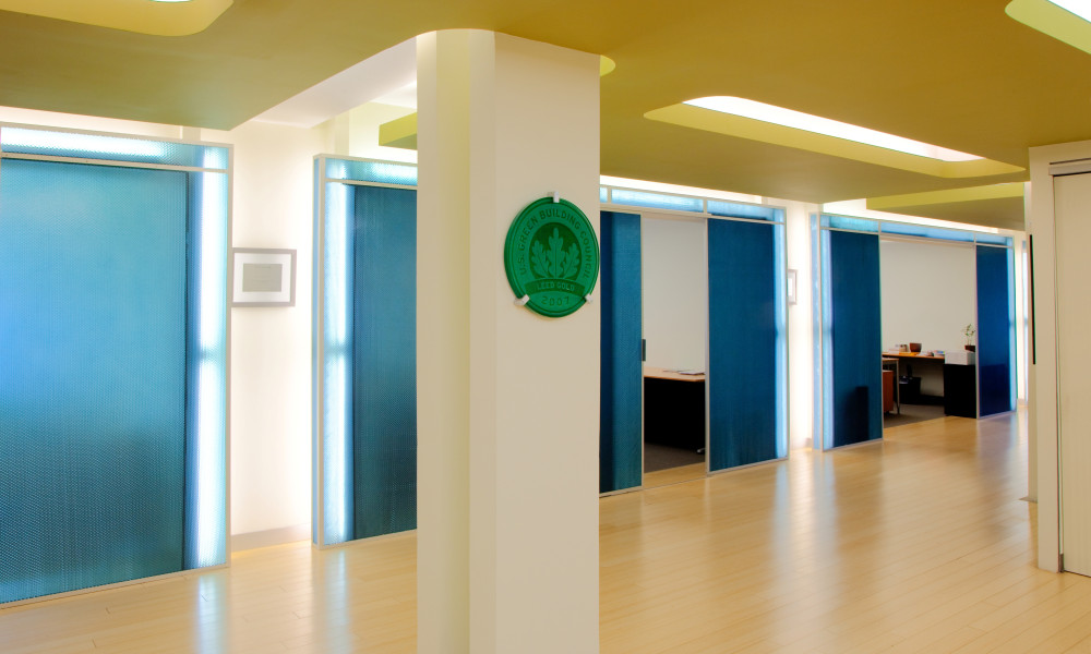 LEED Silver Corporate Office Interior Design by Gran Kriegel Architects